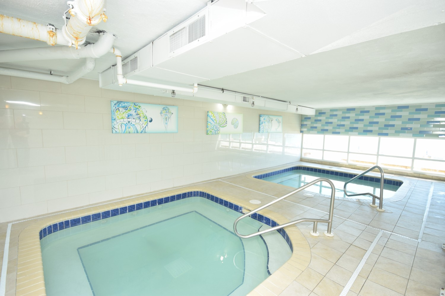 Two Large Spa's With View of The Gulf of Mexico